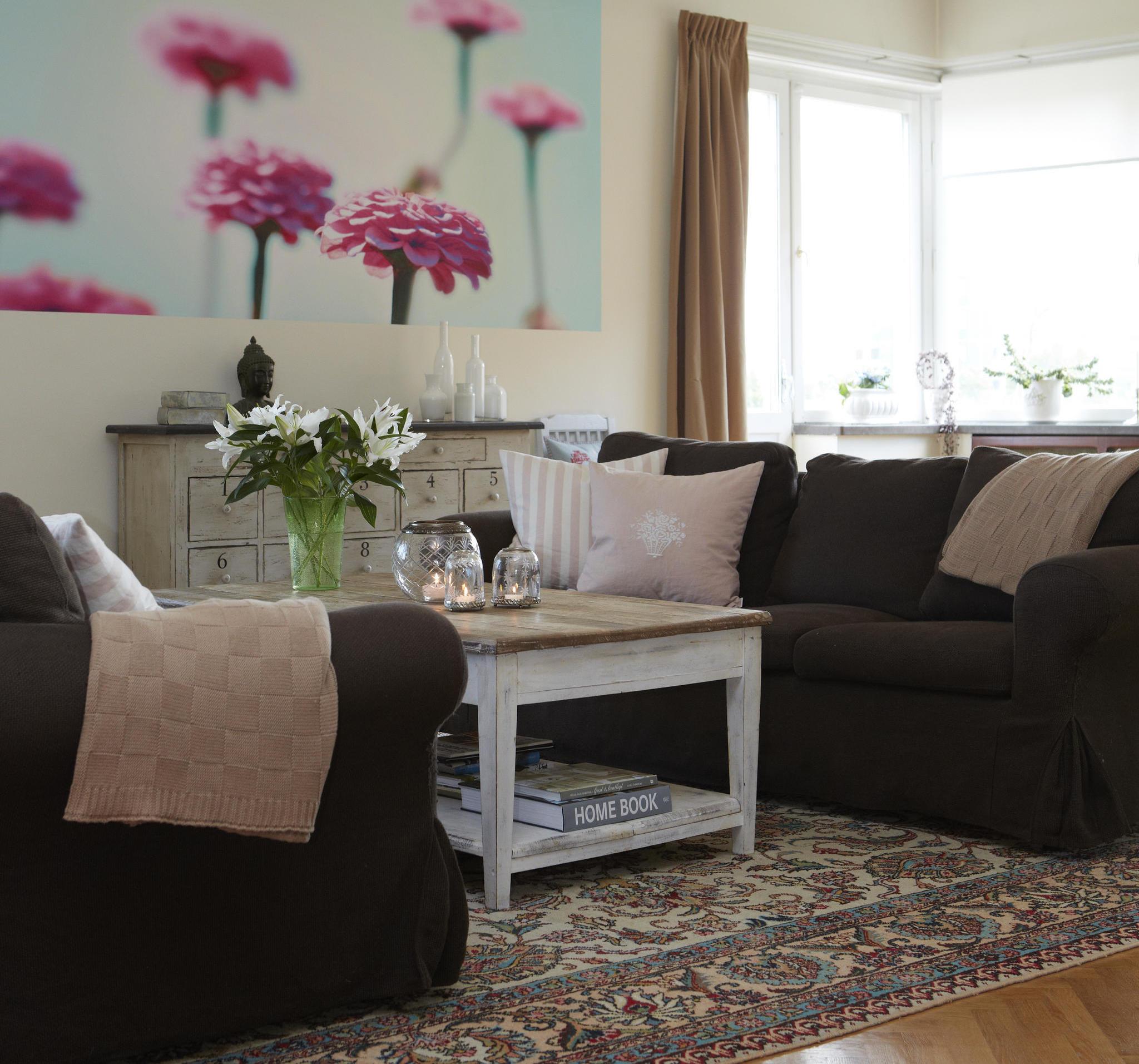 vardagsrum tavla blommor orientaliskt