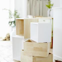 lådor staplade på varandra